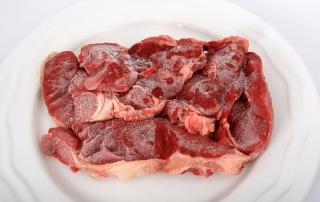 171103 Uno de los errores más frecuentes es descongelar los alimentos sobre la encimera a temperatura ambiente